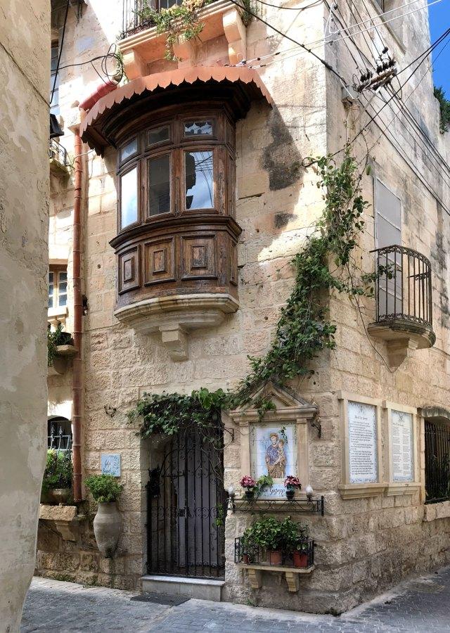 Cosa visitare a Malta? Di certo il paese di Rabat non è da perdere