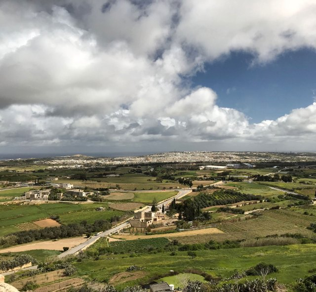 La meravigliosa vista dalle mura di Mdina, punto più alto di Malta