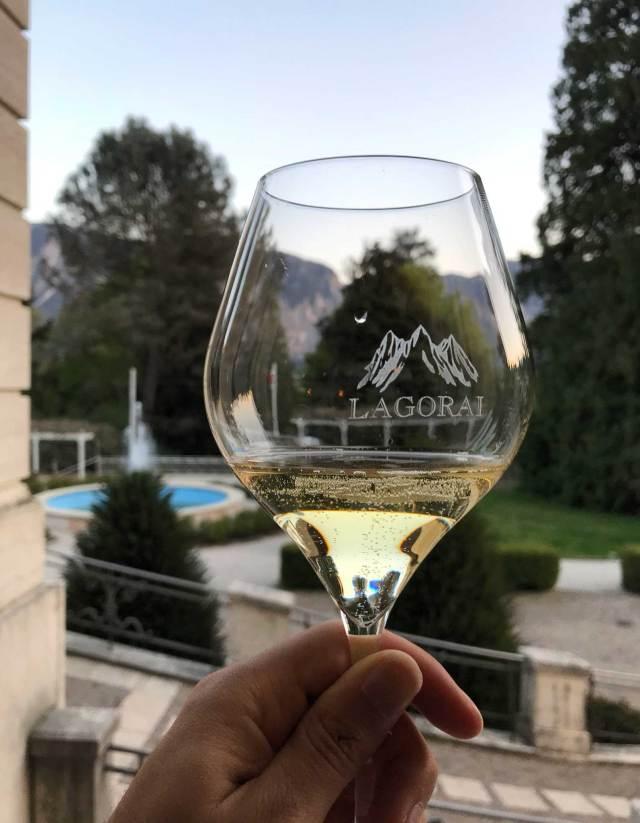Uno dei piaceri del Trentino è il vino, da assaggiare quando si visita la Valsugana