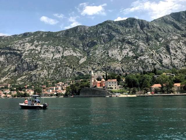 In Montenegro bisogna visitare le Bocche di Cattaro, patrimonio Unesco.