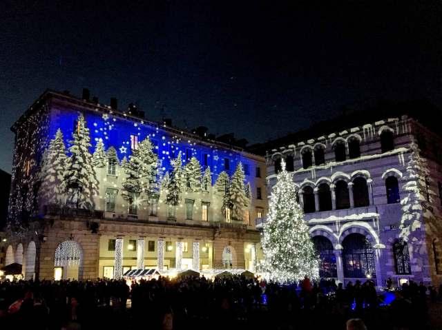 I mercatini di Natale di Como sono un evento imperdibile!