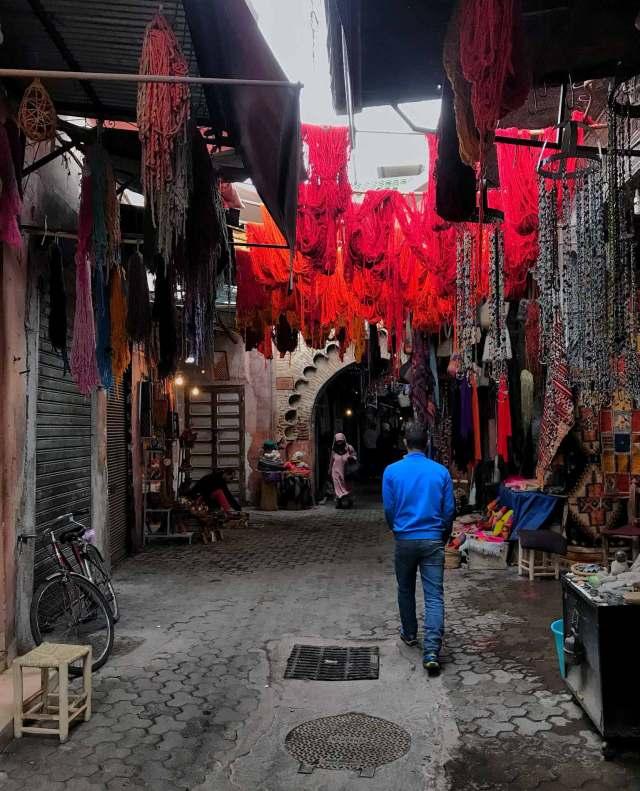 Sono a Marrakech: cosa vedere? Certamente il Souk con i suoi 8.000 negozi!