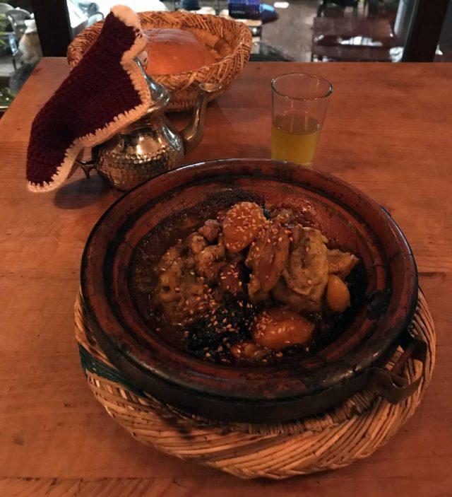 Che bontà il tajine di carne del Marocco!