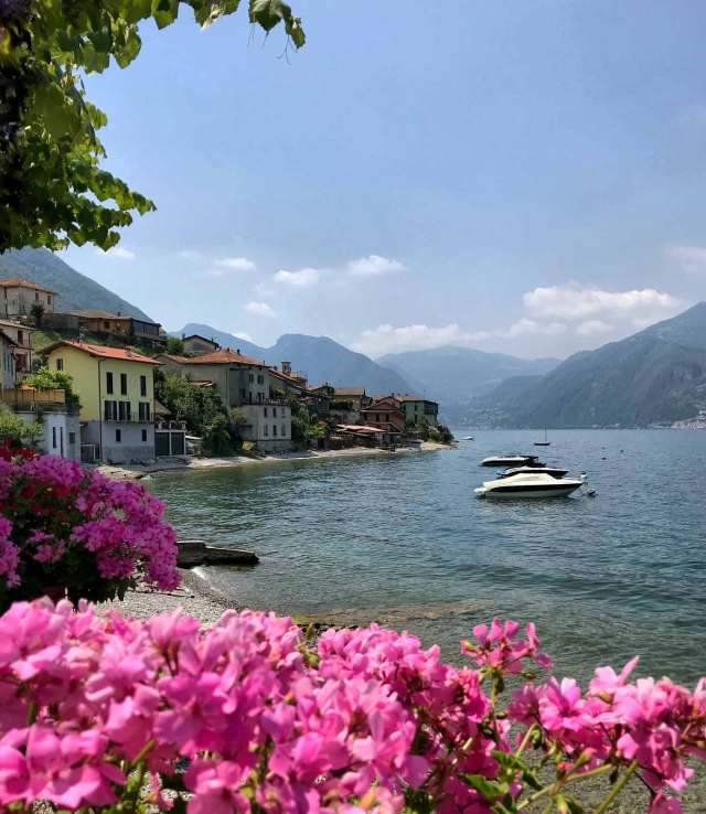 Lezzeno sul Lago di Como è un paese che può regalare splendide foto
