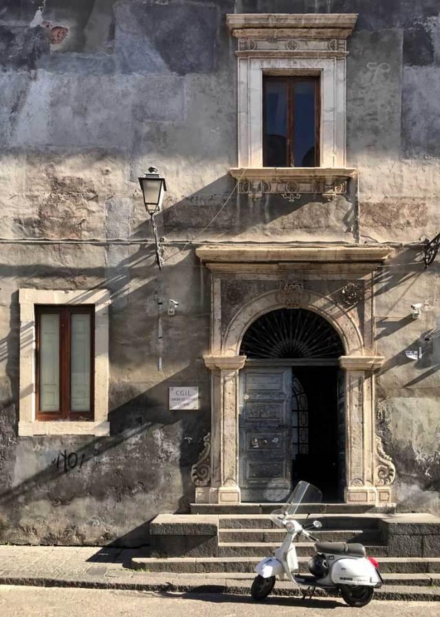 Visitare Catania, la città dal fascino decadente come una bella addormentata