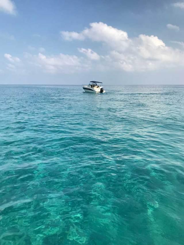 A Cipro si può fare il bagno in mare da marzo a ottobre!