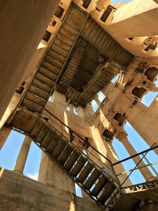 Il campanile di Spalato ha una scalinata vorticosa in stileEscher