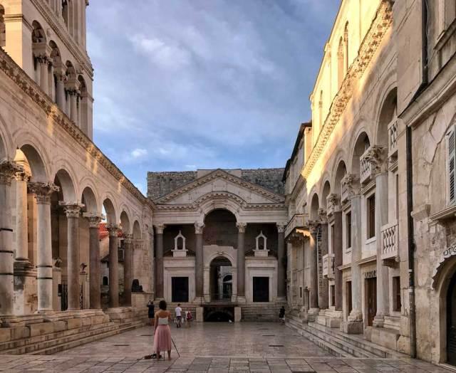 Il luogo più bello di Spalato è il Peristilio, cuore dell'antico Palazzo di Diocleziano