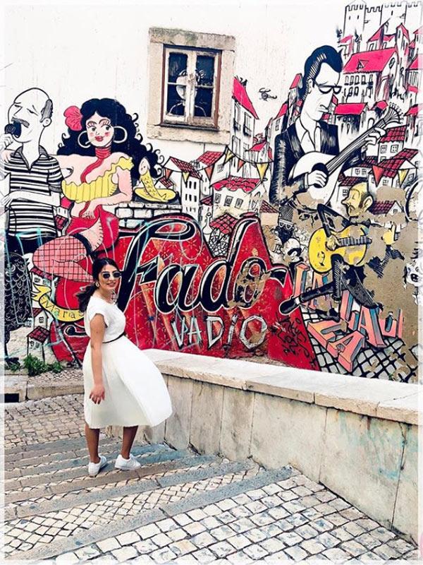 Cosa fotografare a Lisbona? La street art dell'Alfama, tra cui il Murales del Fado