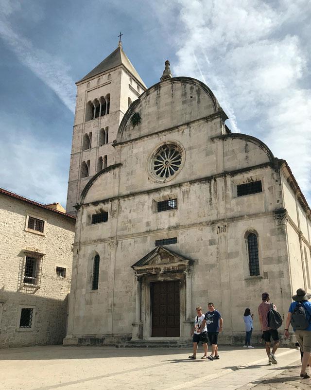 Zara è un'affascinante città della Dalmazia e della Croazia con importanti resti romani