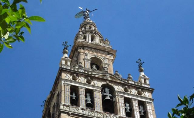 Patio de los Naranjos è l'altra eredità moresca della Cattedrale di Siviglia