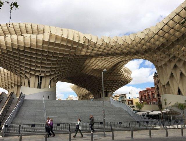 Las Setas de Sevilla è una delle cose da vedere a Siviglia