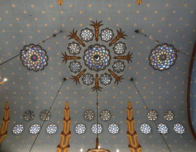 La Sinagoga Ortodossa del quartiere ebraico di Budapest è splendida da visitare