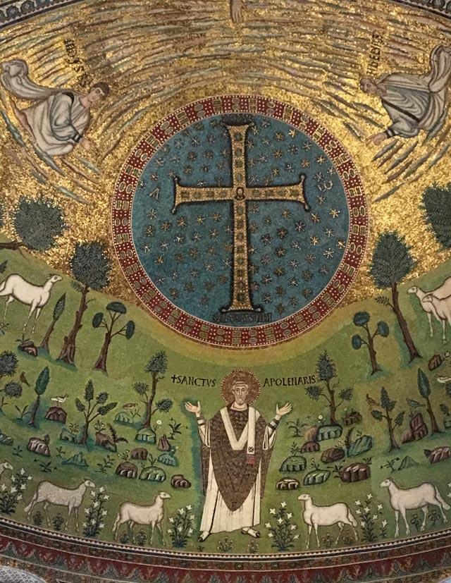 Sant'Apollinare in Classe è una meravigliosa basilica paleocristiana di Ravenna