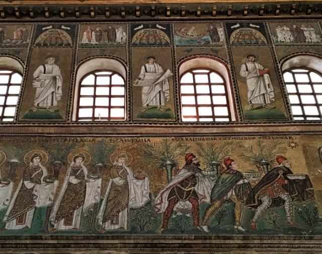 La basilica di Sant'Apollinare Nuovo di Ravenna è un'impresa artistica del regno dei Goti