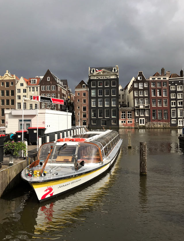 La crociera sui canali è una delle cose da fare a Amsterdam: da non perdere!