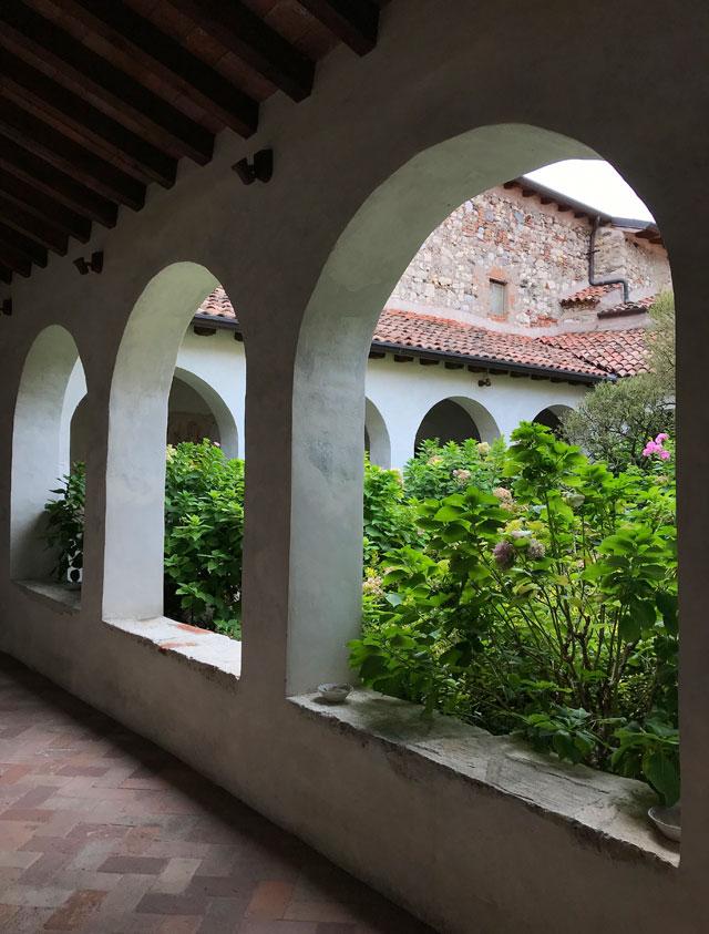Il monastero di San Pietro in Lamosa da vedere visitando il Lago d'Iseo