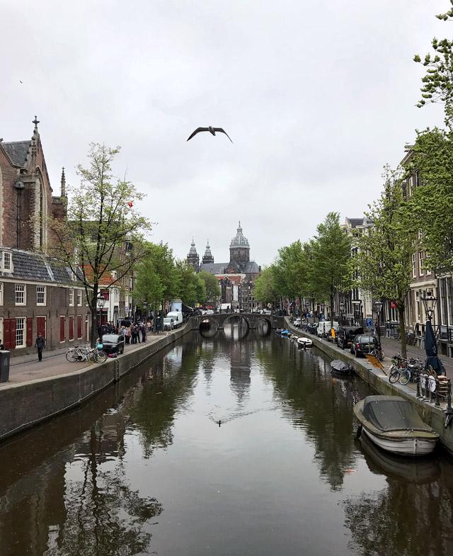 Cosa vedere e fotografare a Amsterdam? Di certo le affascinanti viste dei canali