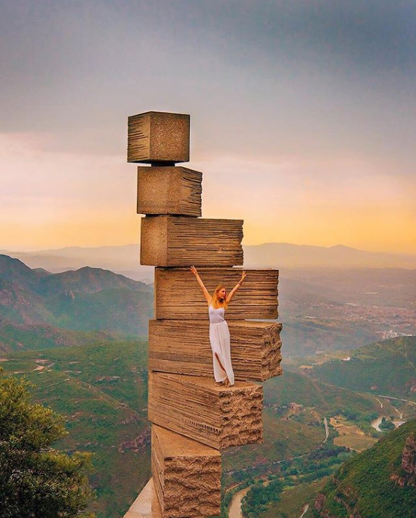 Marina Comes ha fatto una foto al Stairway to Heavan al monastero di Montserrat in Catalogna