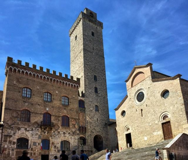 Palazzo del Popolo, Torre Grossa e Colleggiata sono i simboli di San Gimignano