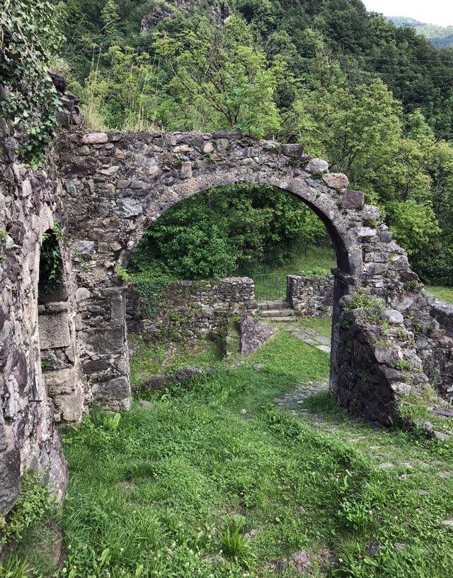 A Cornello dei Tasso ci sono i ruderi dell'antico Palazzo Tasso
