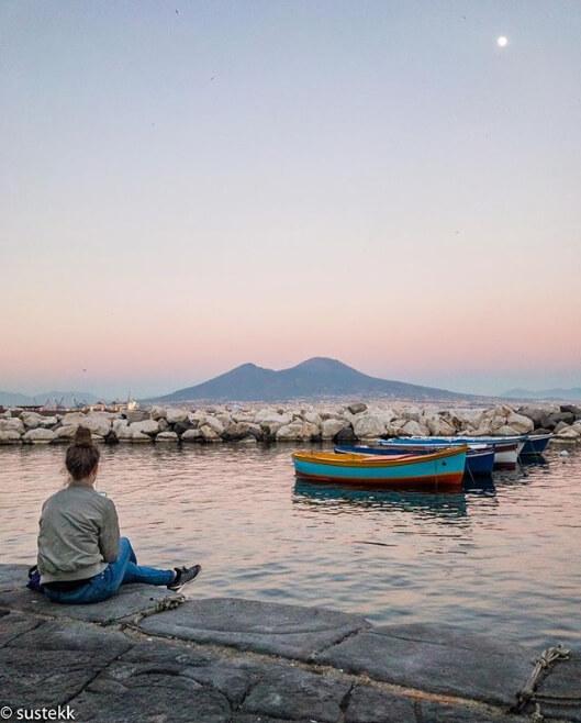 Tra i profili di Instagram più belli a Napoli c'è @sustekk coi suoi panorami