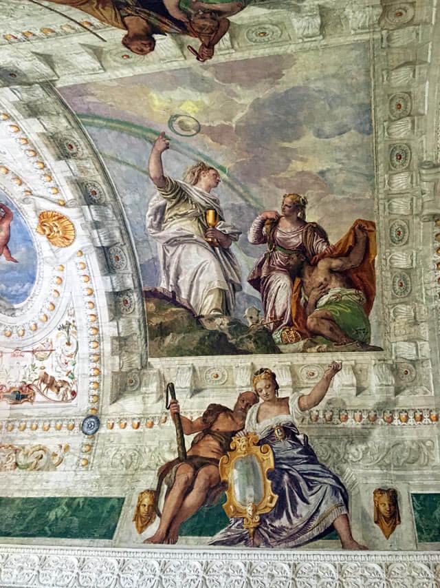 Villa Barbaro a Maser è decorata dagli affreschi di Paolo Veronese