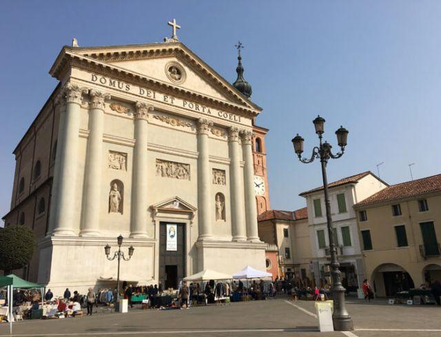 Cosa vedere a Cittadella? Le famose mura circolari e il Duomo