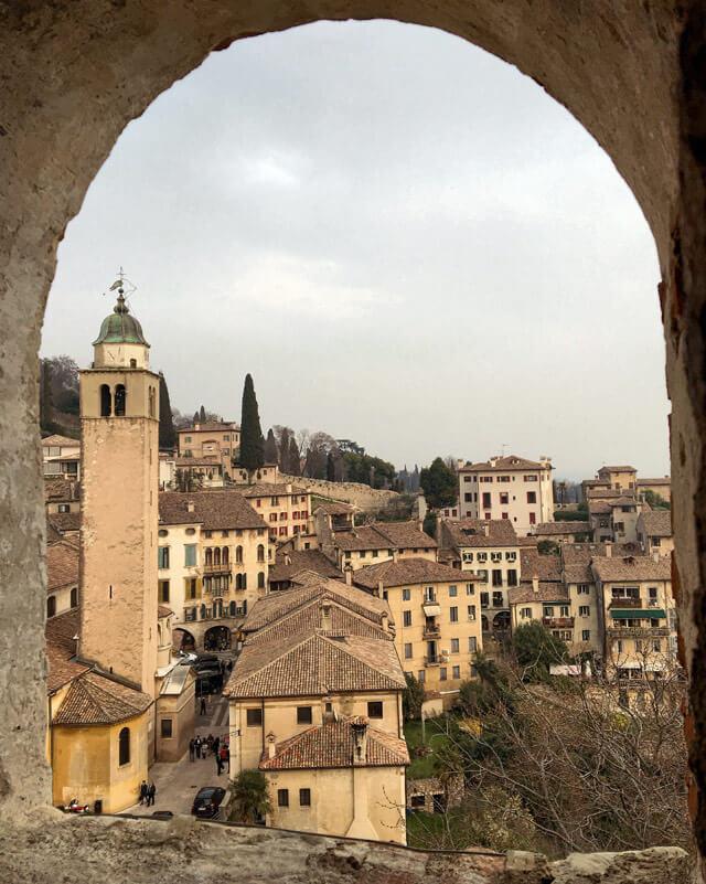 Asolo in Veneto è un borgo che offre panorami eccezionali