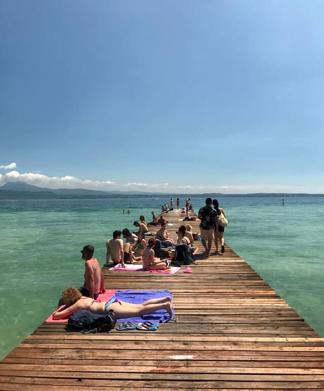 Il Lido delle Bionde è un punto per godersi il Lago di Garda a Sirmione