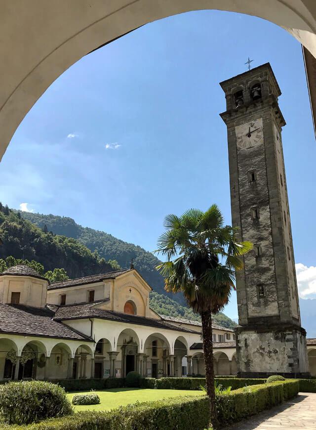 Cosa vedere a Chiavenna? La Collegiata di San Lorenzo