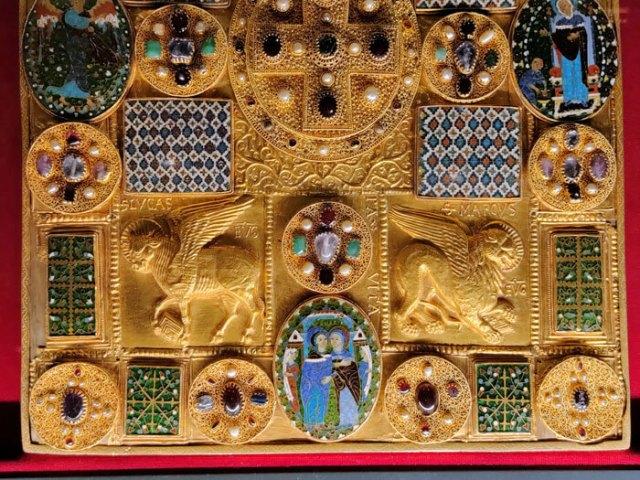 La Pace di Chiavenna è capolavoro d'arte orafa dell'XI secolo del Museo del Tesoro di Chiavenna