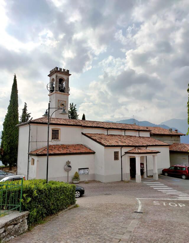 a chiesa parrocchiale di san Lorenzo a Voltino è da vedere