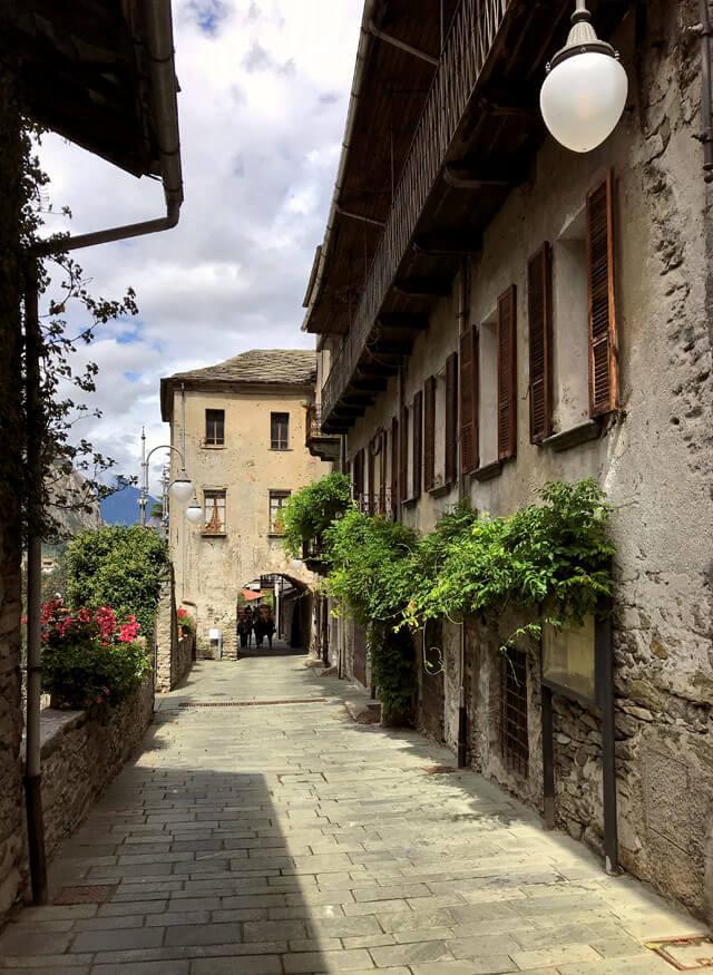 Tour Valle d'Aosta: il borgo di Bard è da vedere!