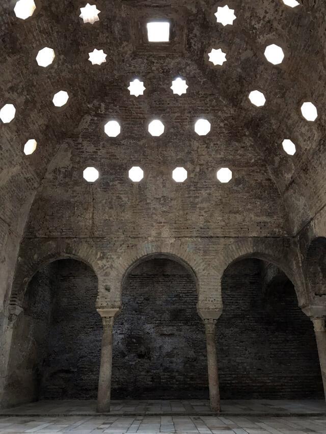 Cosa visitare a Granada? Il Bañuelo, i vecchi bagni arabi