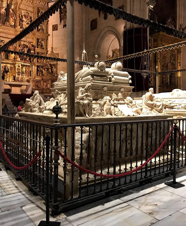 Le tombe dei Re Cattolici si trovano nella Capilla Real di Granada