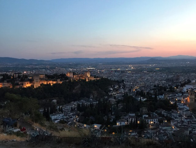 Dove vedere il tramonto a Granada? Dal Mirador de San Miguel Alto