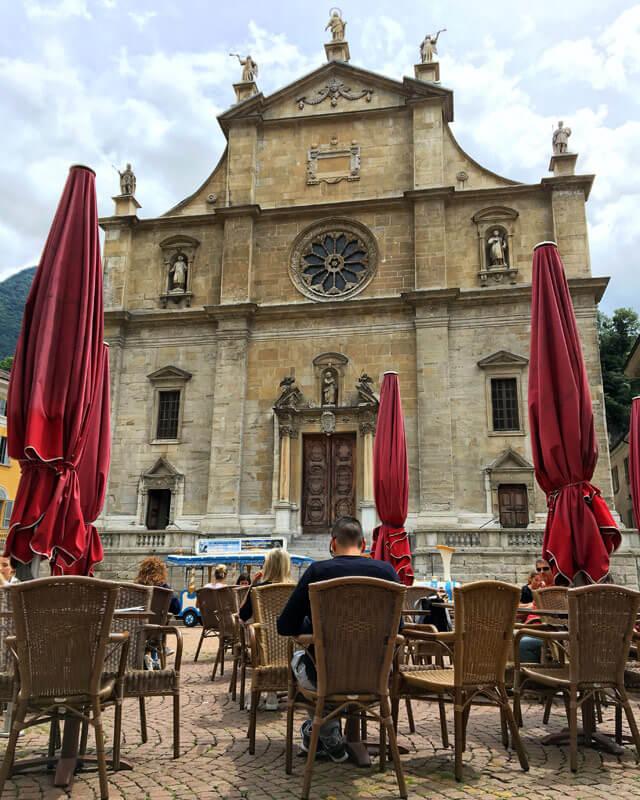 La Chiesa collegiata dei santi Pietro e Stefano a Bellinzona è bellissima