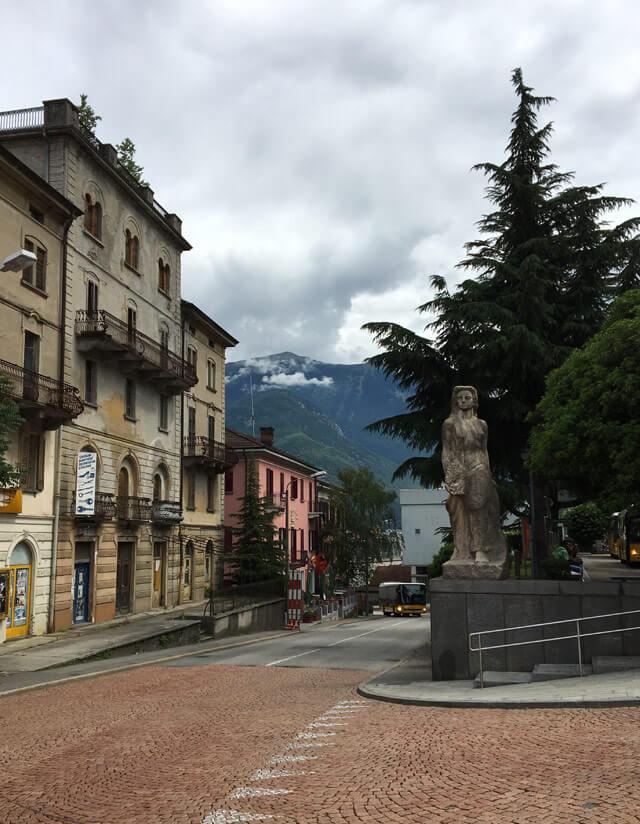 Bellinzona in Ticino ha uno stile architettonico molto italiano