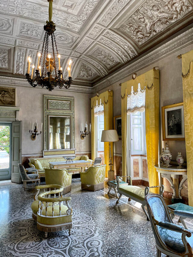 Villa Pizzo a Cernobbio ha una elegante Sala della Musica