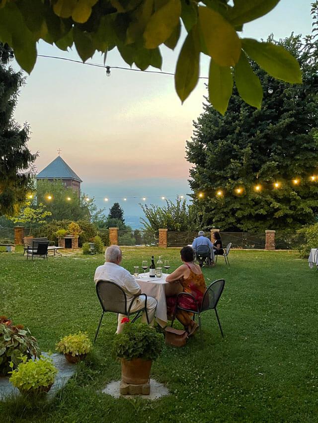 Cenare al Real Castello di Verduno offre ottimi piatti e atmosfera magica
