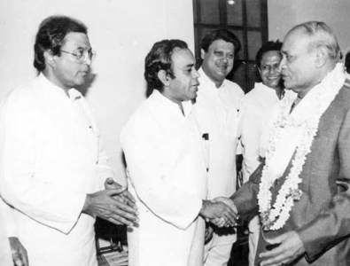 rajesh-khanna-politics