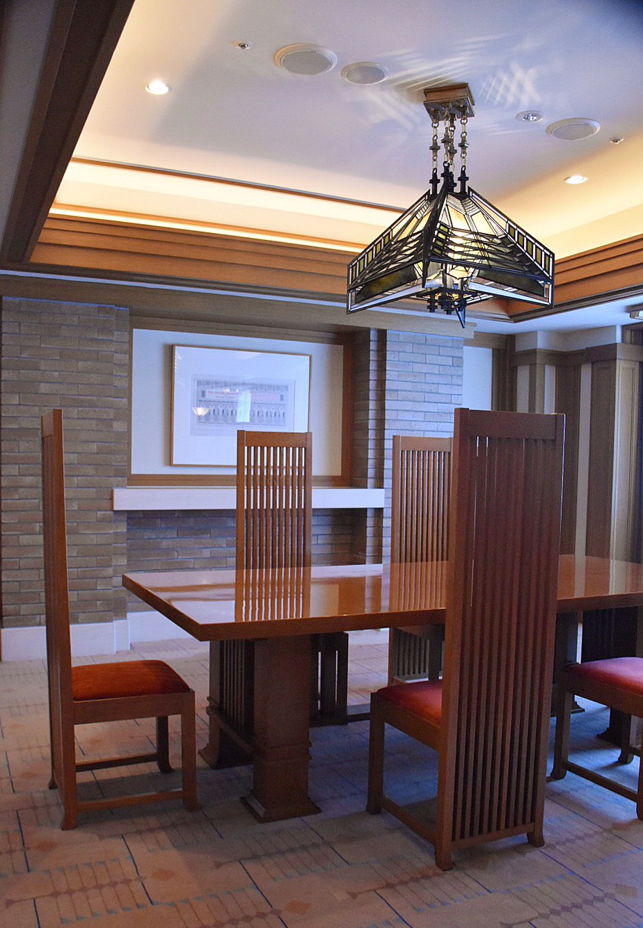 The Frank Lloyd Wright Suite