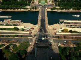 Mikael-Buck,-Eiffel-Tower,-Sony-Xperia-XZ-(3)