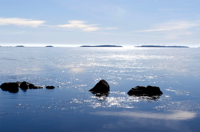 Rocks and horizon in the blue