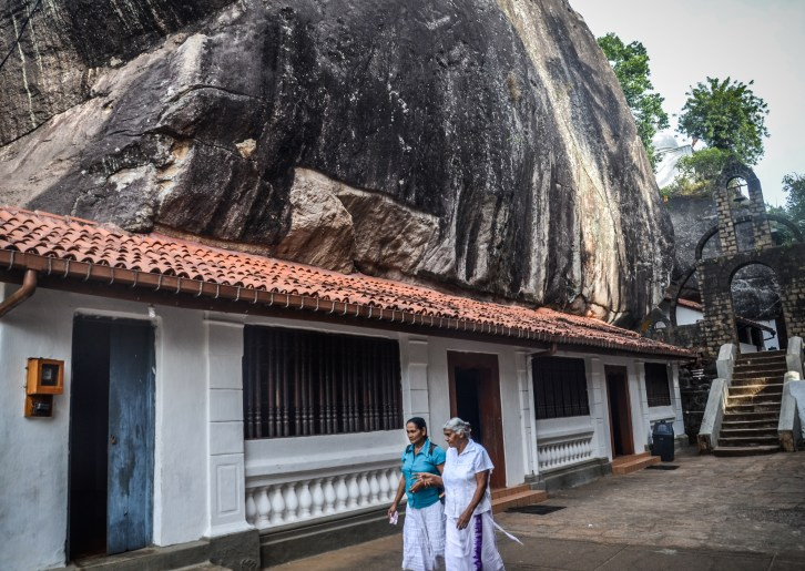 Aluvihara cave temples, sree is travelling (9)