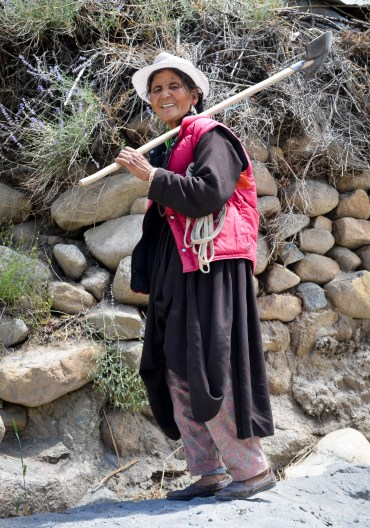 Met her at Nimmu Gompa. She spoke broken Hindi but was fluent in Ladakhi
