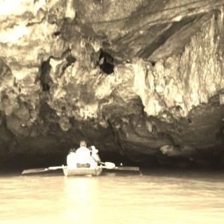www.sreep.com 20160323_082341 Vietnam, Ninh Binh: Daytrip to the holy grottos of Ninh Binh & Trang An
