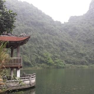 www.sreep.com 20160323_101025 Vietnam, Ninh Binh: Daytrip to the holy grottos of Ninh Binh & Trang An