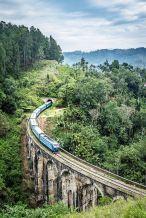 ella sri lanka trains arch bridge waterfalls 5